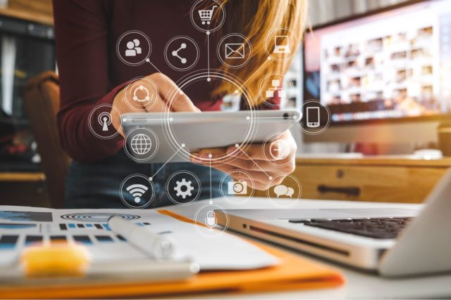 HOW TO STAY CONNECTED WITH YOUR CUSTOMERS