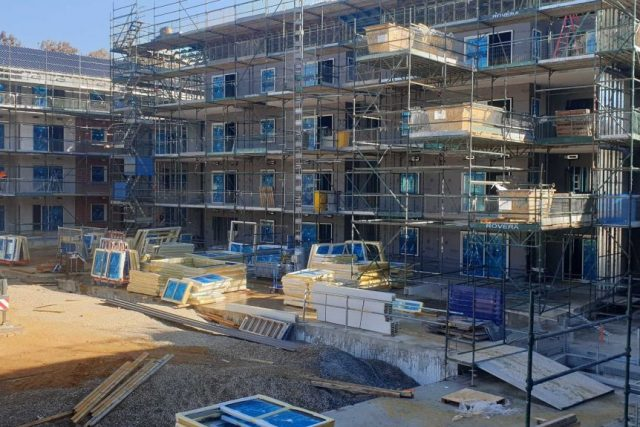 Build community housing to help beat the coronavirus recession, Federal Government urged